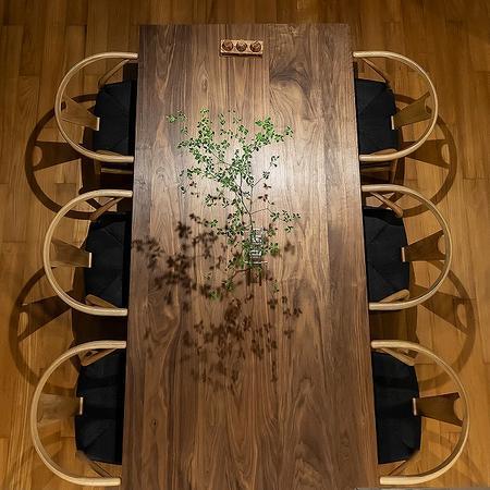 ダイニングテーブルをおしゃれに