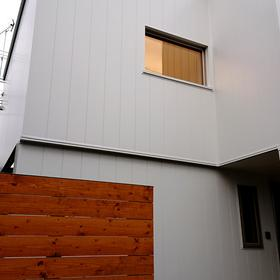 札幌市白石区にてご新築。