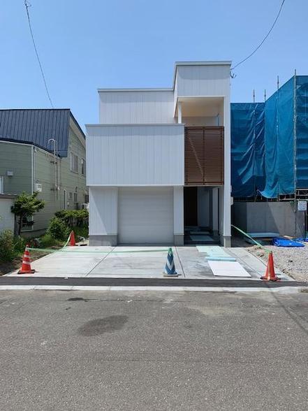 白石区 新築 ガレージハウス 限定公開